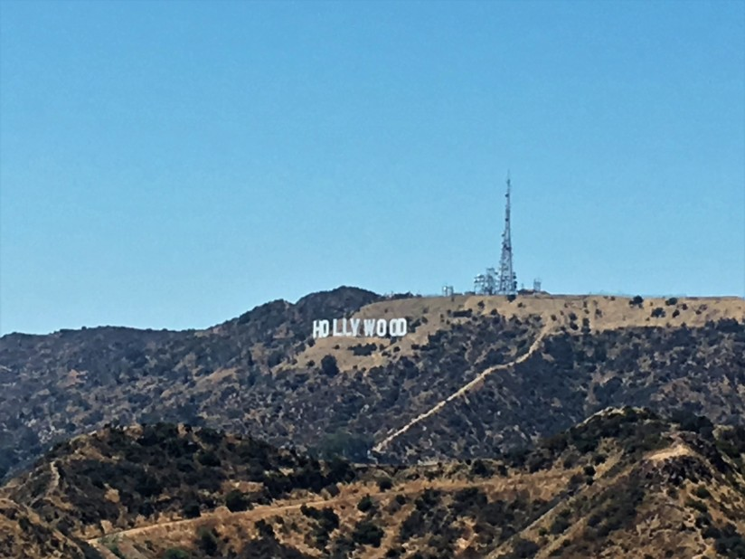 scritta Hollywood dal griffith Observatory